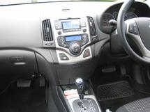Bayside Driving School, dual control Hyundai i30 interior